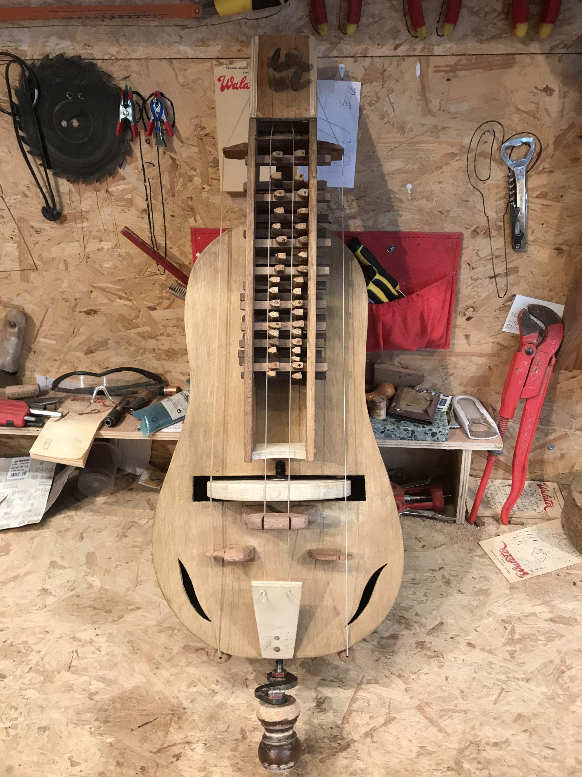 La Vielle à roue : dernière née de l'instrumentarium